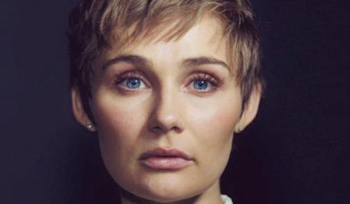 Nashville actress Clare Bowen cuts hair in surprising and touching move