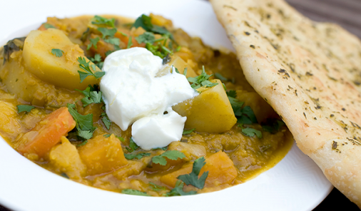Make it a meatless meal with this creamy curry that you can freeze for nights you don't have time to cook. | Meatless Monday | YMC