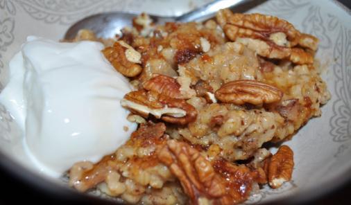 Slow  cooker gingerbread oatmeal