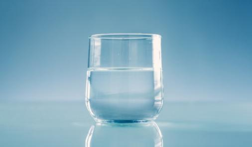 The Glass is Half Full: A Defense of Pessimism | YummyMummyClub.ca
