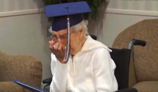 97 Year-Old receives high school diploma   YummyMummyClub.ca