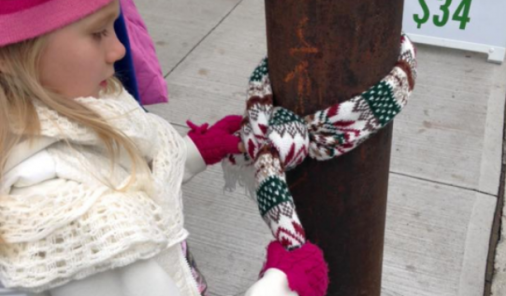 Halifax kids leave coats on lightpoles for homeless | YummyMummyClub.ca