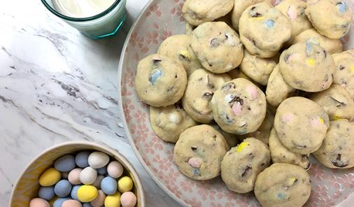 Mini Egg Shortbread Cookies