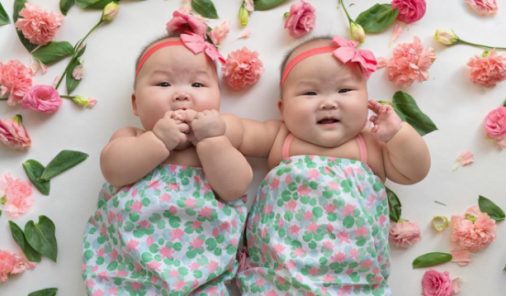 Rare Mom Twins on Instagram | YummyMummyClub.ca