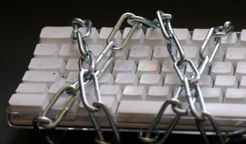 Protect your Facebook and Gmail accounts from hackers with these easy steps | YummyMummyClub.ca