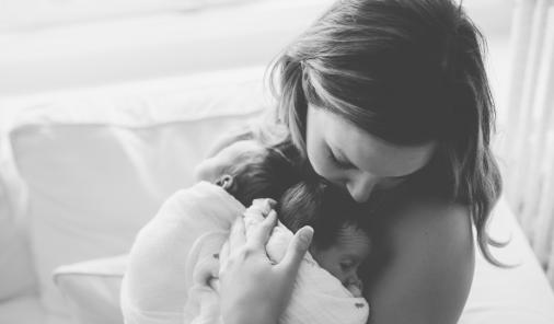 This tale of one mom's three moments of darkness in motherhoodis for every mom who thinks she can't get through this day. You can endure, and become a warrior mom. | Parenting | Depression | YummyMummyClub.ca