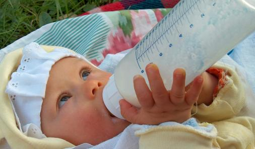 can milk allergies be helped with probiotic