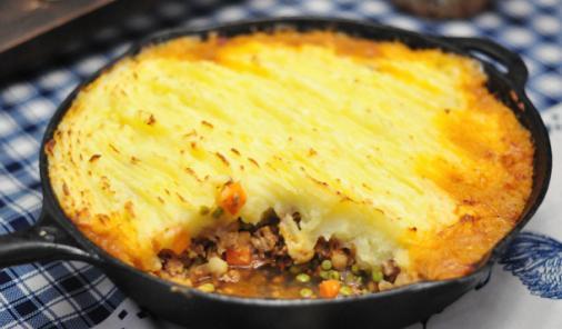 Skillet Shepherd's Pie | Food | YummyMummyClub.ca