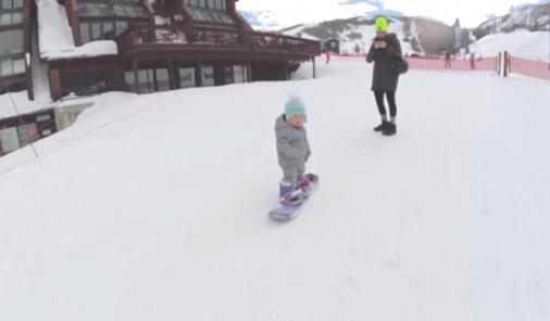 Snowboarding baby | YummyMummyClub.ca