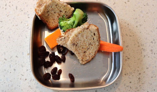 toddler lunches, lunches, lunch ideas, comedy, parenting, jen warman, bento boxes, new lunches, fuck it a la carte, a la carte, giving up on lunch