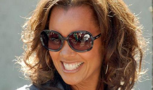 Vanessa Williams gets apology