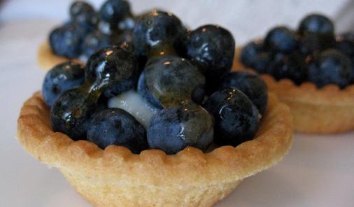 Blueberry Vanilla Cream Tarts Recipe