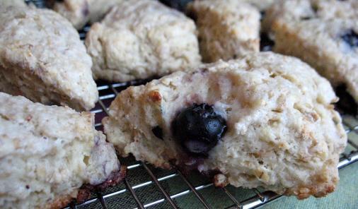 Blueberry Oatmeal Scones Recipe