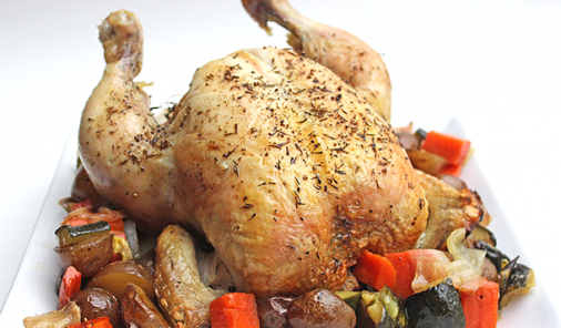 Make this amazingly delicious roast chicken and vegetables recipe with the help of a Bundt pan - no beer can required. | YMC