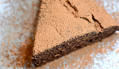 Mix and Bake Chocolate Cake is moist and rich, with a hint of that mocha coffee flavour, and it is as close to as-easy-as cake in a box as you can get. | YMC