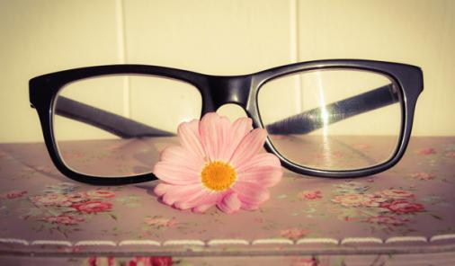 The Connection Between Childhood Headaches and the Need for Glasses | YMCHealth | YummyMummyClub.ca