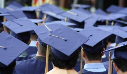 Graduation Comes Too Quickly for Mom | YummyMummyClub.ca
