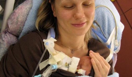 Mother's Day Lessons from the NICU | YummyMummyClub.ca