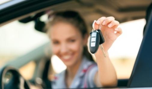 distracted driving huge risk to teens   YummyMummyClub.ca