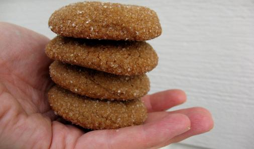 Soft Molasses Ginger Cookies Recipe