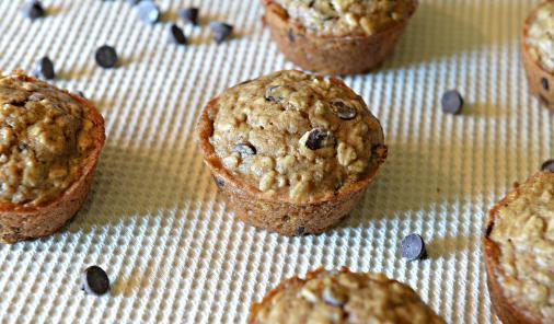 Vegan_chocolate_chip_muffins