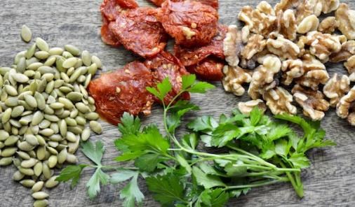 This 20 minute no-cook sundried tomato pesto is a riff on a traditional pesto.  Made with a base of sundried tomatoes and parsley, it is super easy to throw together and jam packed with flavour. | YMCfood | YummyMummyClub.ca