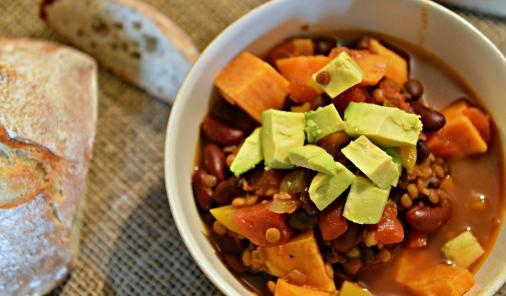 Vegan Chili with Lentils | Food | YummyMummyClub.ca
