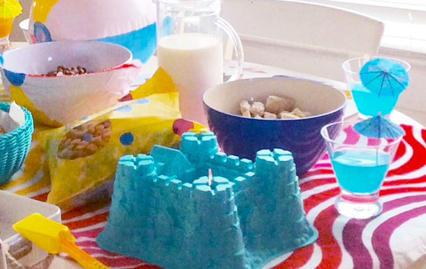 Make a fun, beach-themed family breakfast happen right in your own kitchen! | DIY | YummyMummyClub.ca