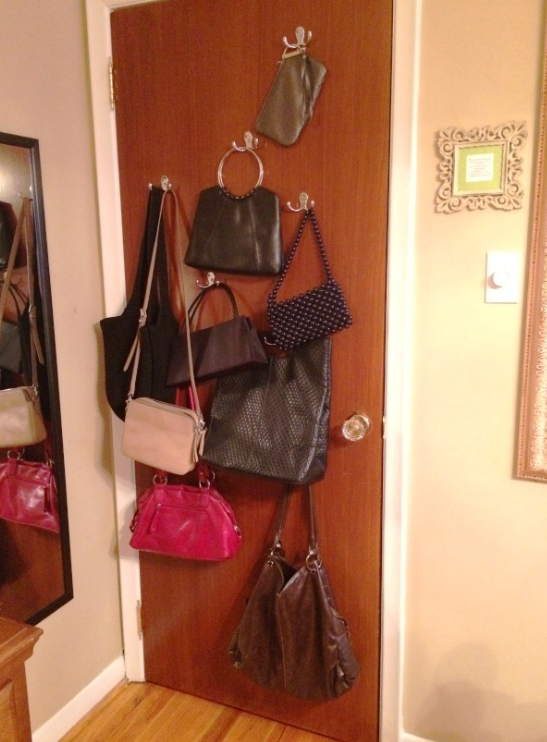 Purse storage ideas | YummuMummyClub.ca
