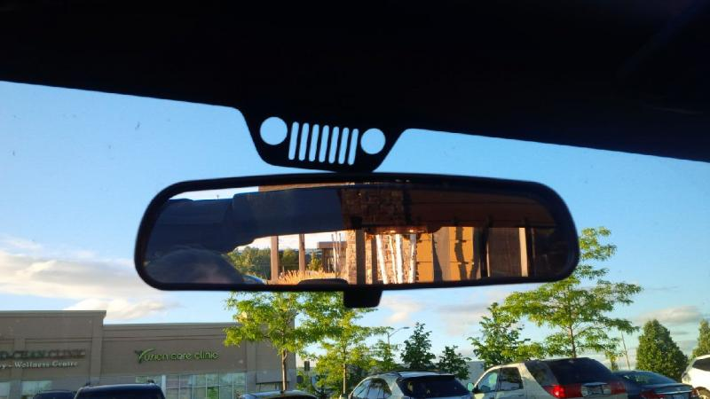 2014 Jeep Wrangler rear view mirror