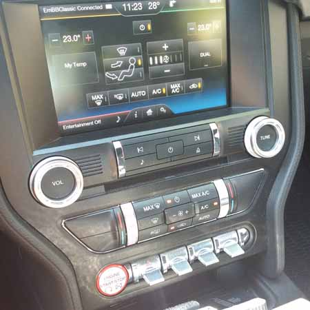 2015 Ford Mustang centre console