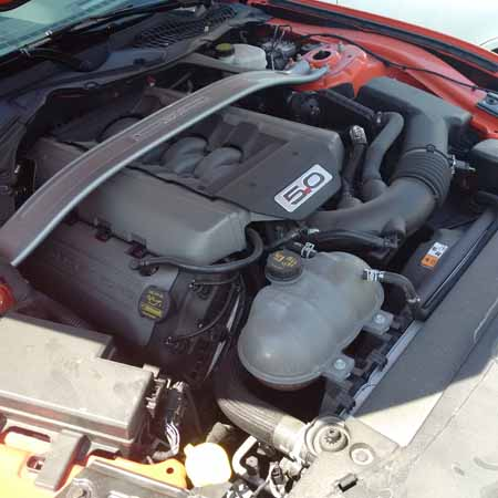 2015 Ford Mustang engine bay