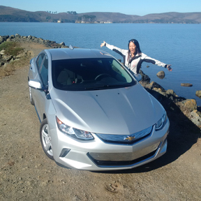 2016 Chevrolet Volt - Considering an electric car? Put the Chevy Volt up on your list. Here's some of the great features that come with the 2016. | Cars | YummyMummyClub.ca