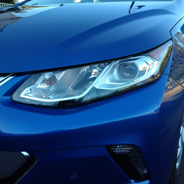 2016 Chevrolet Volt headlight - Considering an electric car? Put the Chevy Volt up on your list. Here's some of the great features that come with the 2016. | Cars | YummyMummyClub.ca