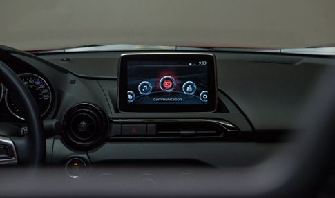 2016 Mazda MX-5 Display