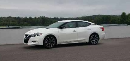 2016 Nissan Maxima profile - What Shopping Carts Have In Common With Your Car | Nissan Maxima | YummyMummyClub.ca