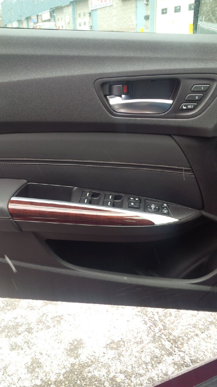 Power window switch in door