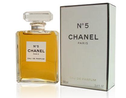 В женских духах есть дух женственности - Страница 3 Chanelnumber5_0