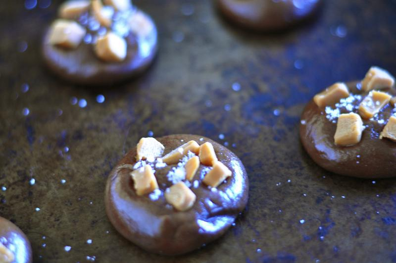 cookies, chocolate caramels recipe, salted caramel, salted chocolate, recipe, best cookie recipes, caramel cookie recipe, cookie recipe, coconut oil, Around The Table, katja wulfers