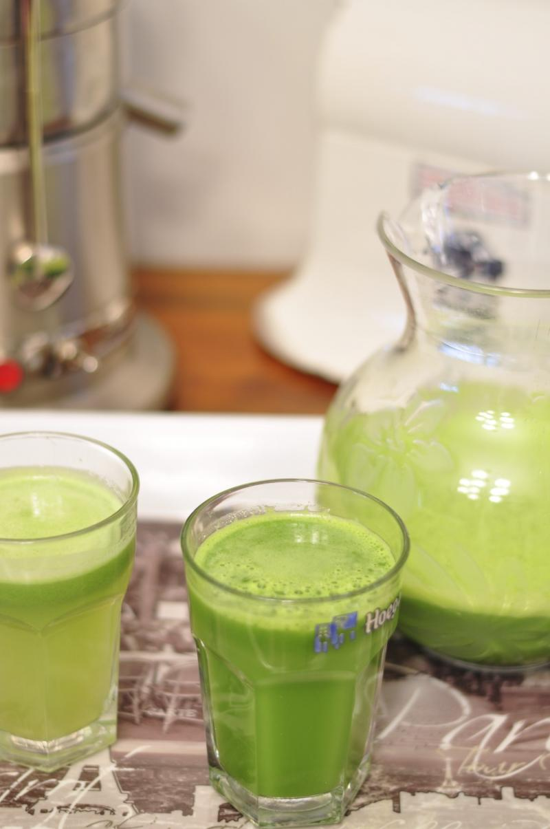 benefits of juicing, easy juicing recipes, juicers, healthy juice recipe, green juices, Around The Table, Katja Wulfers