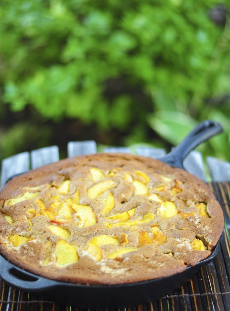 peaches and cream skillet cobbler with rum