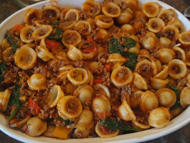 The Easiest Baked Pasta Recipe You'll Ever Make :: YummyMummyClub.ca