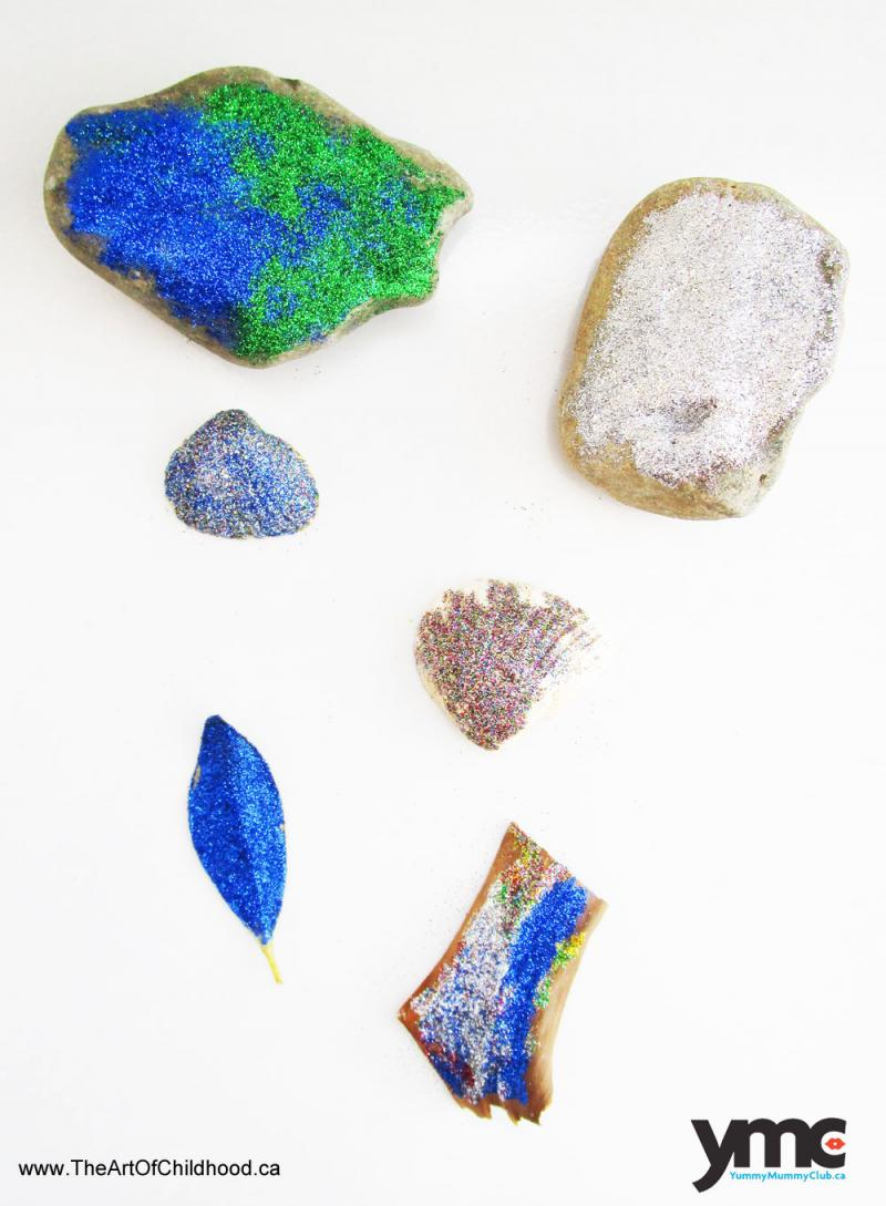 Use glitter to decorate rocks, shells and leaves.