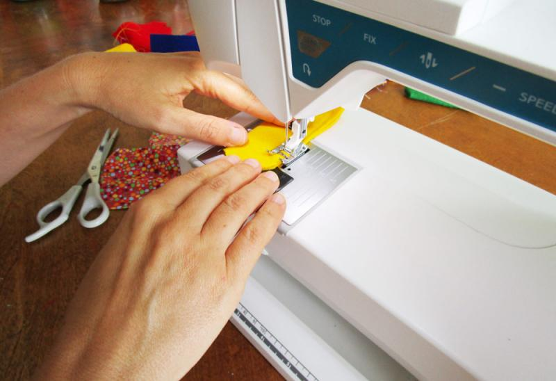Sew the edges on a machine or by hand.