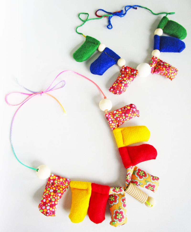 Make your own nursing necklaces!
