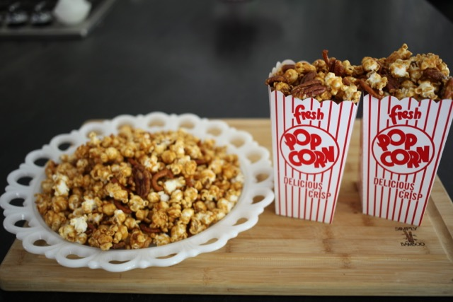 Caramel Popcorn with Cashews, Pecans and Pretzels | YMCFood | YummyMummyClub.ca